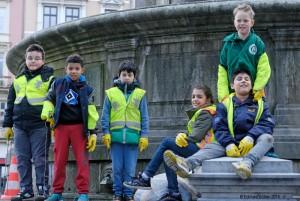 Schüler der Heinrich-Wolgast-Schule machen mit bei Hamburg räumt auf.